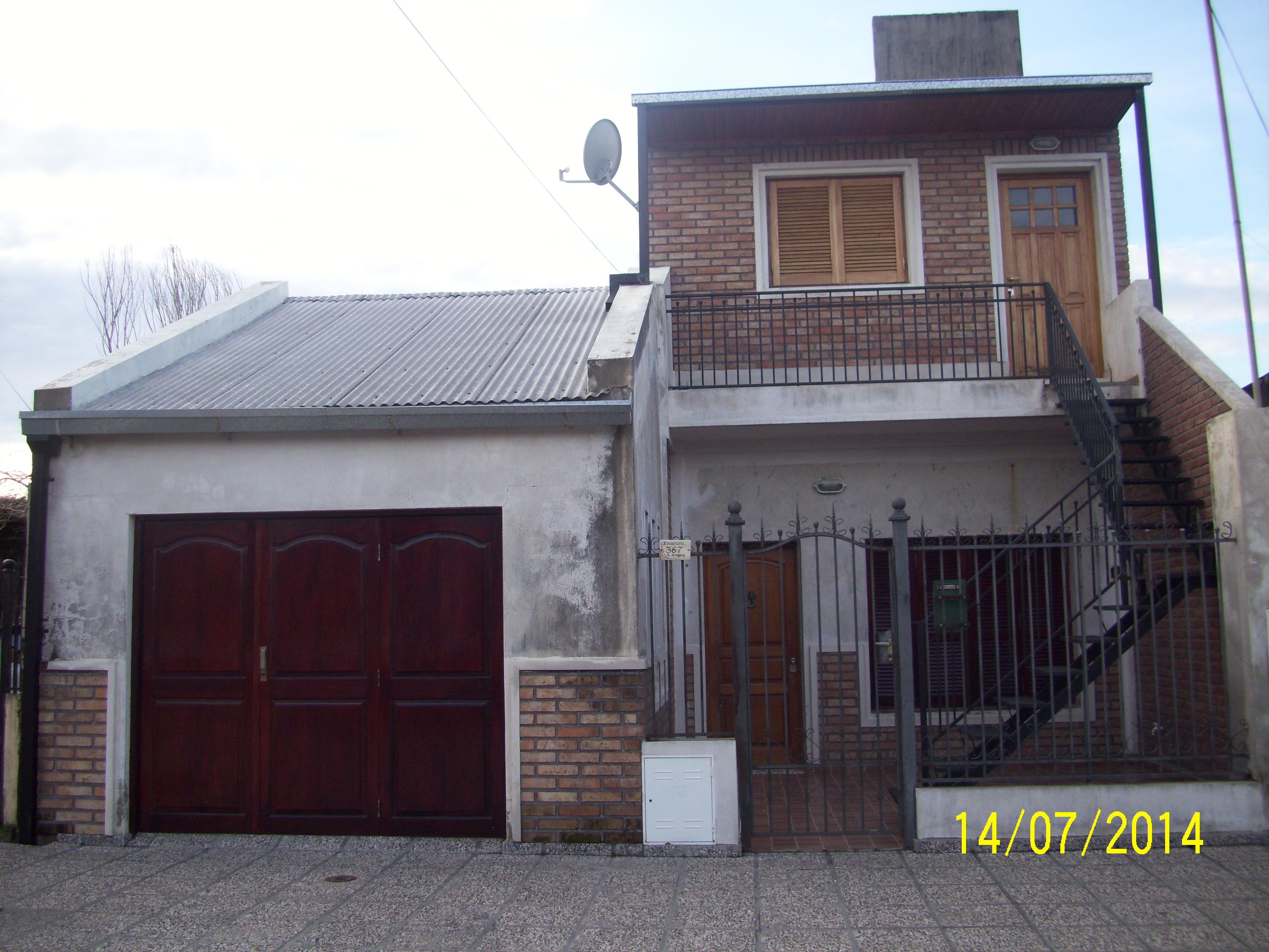 VENDO Casa 3 Dorm.+ Dpto. 1 Dorm. indep. C/Toscanini